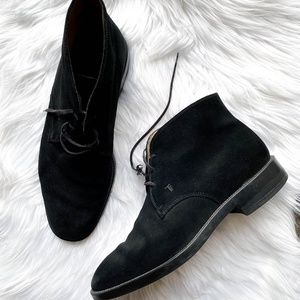 TOD's Suede Leather Chukka Boot in Black Sz 9